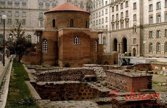 Иксам, трансферы и экскурсии по Болгарии, Экскурсия София-Боянская Церковь, экскурсия из Софии
