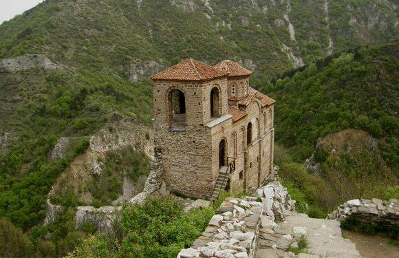day trip to Fortress Asenovgrad, iksam, transfers and tours around Bulgaria, trip from Sofia