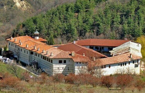 Day trip to Melnik-The Rozhen Monastery, iksam, transfers and tours around Bulgaria, trips from Sofia